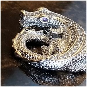 Jewelry - White Sapphire and Amethyst eyes Alligator Pendant